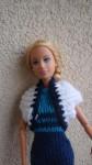 Réf : B0572 - Cache épaules blanc au contour bleu marine pour Barbie dans Habits pour Barbie 016-84x150