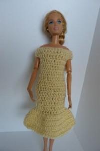 Réf : B0609 - Robe jaune pour Barbie dans Habits pour Barbie 017-200x300