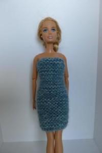 Réf : B0608 - Robe ou jupe bleu vert pour Barbie dans Habits pour Barbie 020-200x300