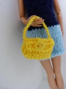 Réf : A095 - Sac jaune bouton jaune pour Barbie ou Pulipp dans Accessoires Poupees 0141-224x300