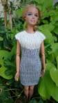 Réf : B0671 - Robe grise et écrue pour Barbie dans Habits pour Barbie 025-84x150