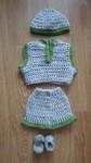 Réf : P116 - Ensemble gris et vert - 5 pièces dans Habits de poupées 25 à 45 cm 039-84x150